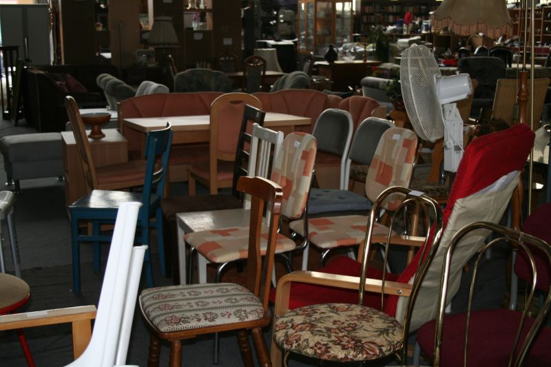 Esstisch und Stühle gebraucht in Dresden  Verkauf Möbel  ~ Esstisch Und Stühle Gebraucht