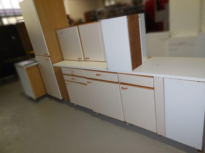 Küche mit Kühlkombi Siemens& Spüle gebraucht Dresden